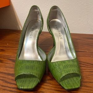Rampage Shoes - Rampage green heels size 8 1/2